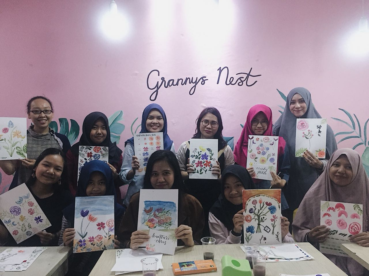 LAMPUNG POST | Yara Art and Craft Gelar Workshop Watercoloring