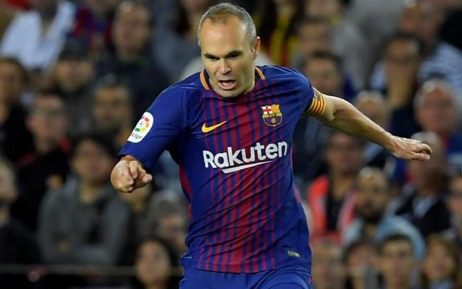 LAMPUNG POST | Iniesta Belum Putuskan Masa Depannya di Barcelona