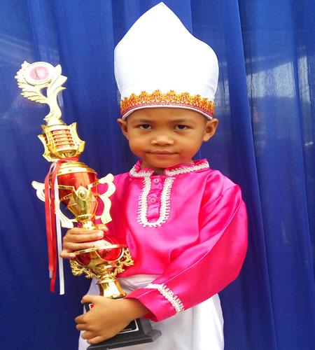 LAMPUNG POST | Alief Hardyansyah Prasetyo  Senang Kumandangkan Azan