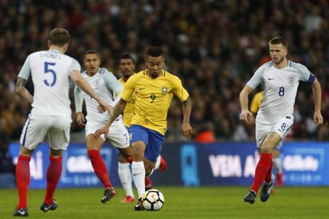 LAMPUNG POST   Inggris Imbangi Brasil Tanpa Gol di Laga Uji Coba