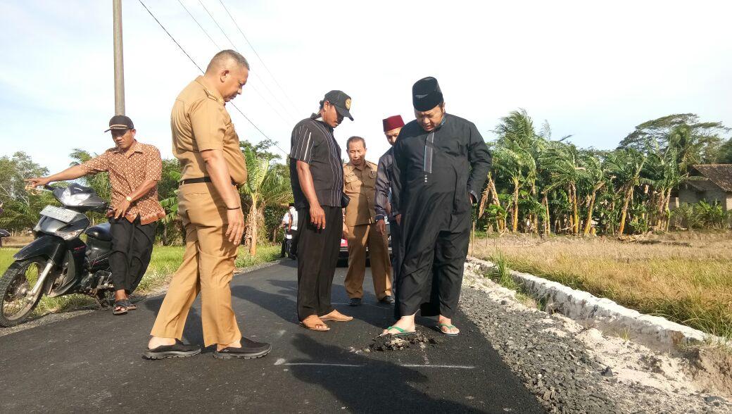 Bupati Zainudin Tinjau Sejumlah Jalan di Lampung Selatan
