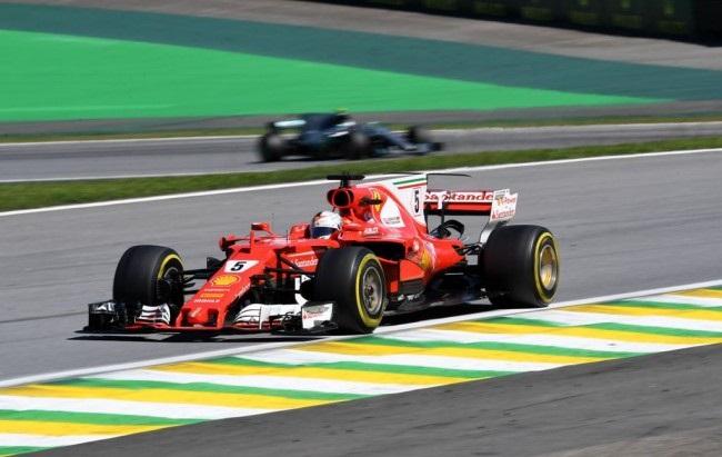LAMPUNG POST   Vettel Juara F1 GP Brasil