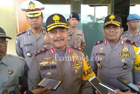 Petugas Lakukan Pengamanan Misa Natal di Bandar Lampung