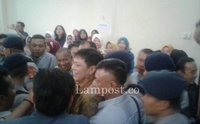 LAMPUNG POST   Pengadilan Pastikan Memori Banding Bambang segera Diproses