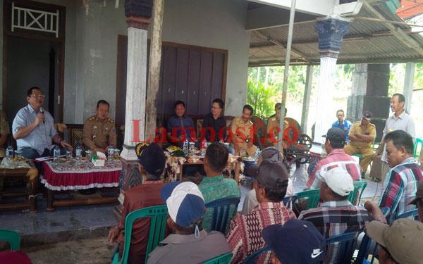 LAMPUNG POST | Saat Wakil Rakyat Tampung Aspirasi Petani