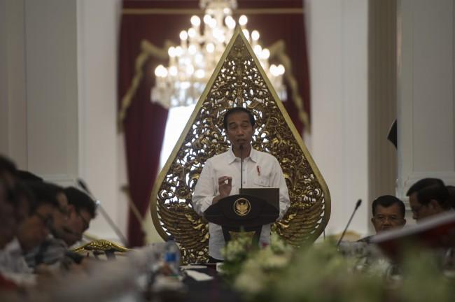 LAMPUNG POST | Jokowi Terima Kunjungan Emir Qatar di Istana Kepresidenan