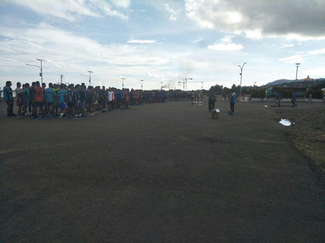 LAMPUNG POST | 876 Atlet Ikuti Lomba Renang dan Dayung Lintas Selat Sunda