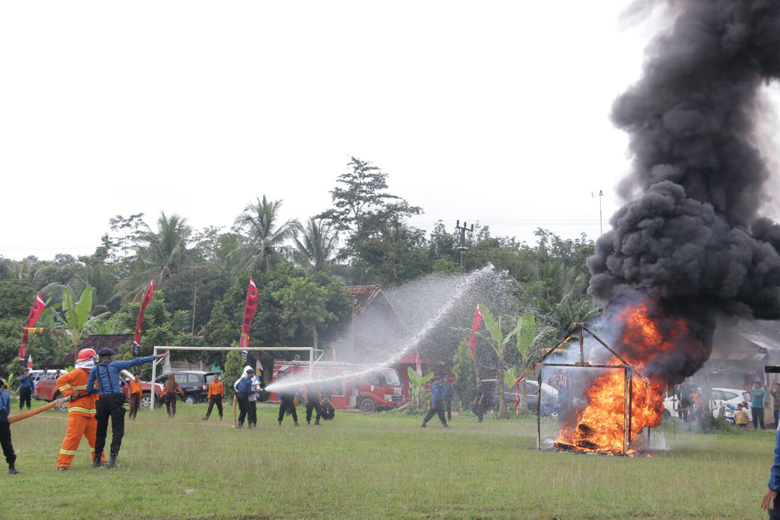 BPBD Pringsewu Gelar Simulasi Kebakaran