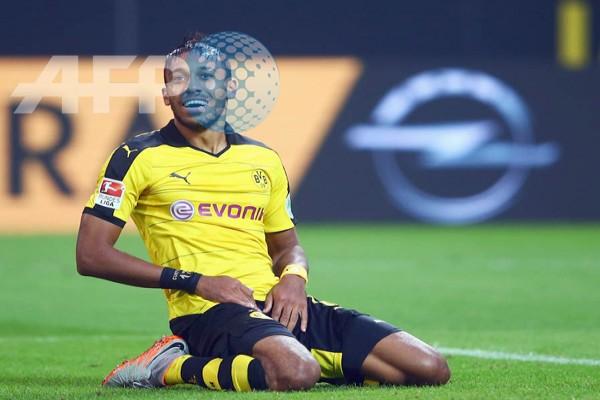 LAMPUNG POST   Penalti Aubameyang Antar Dortmund ke Liga Champions