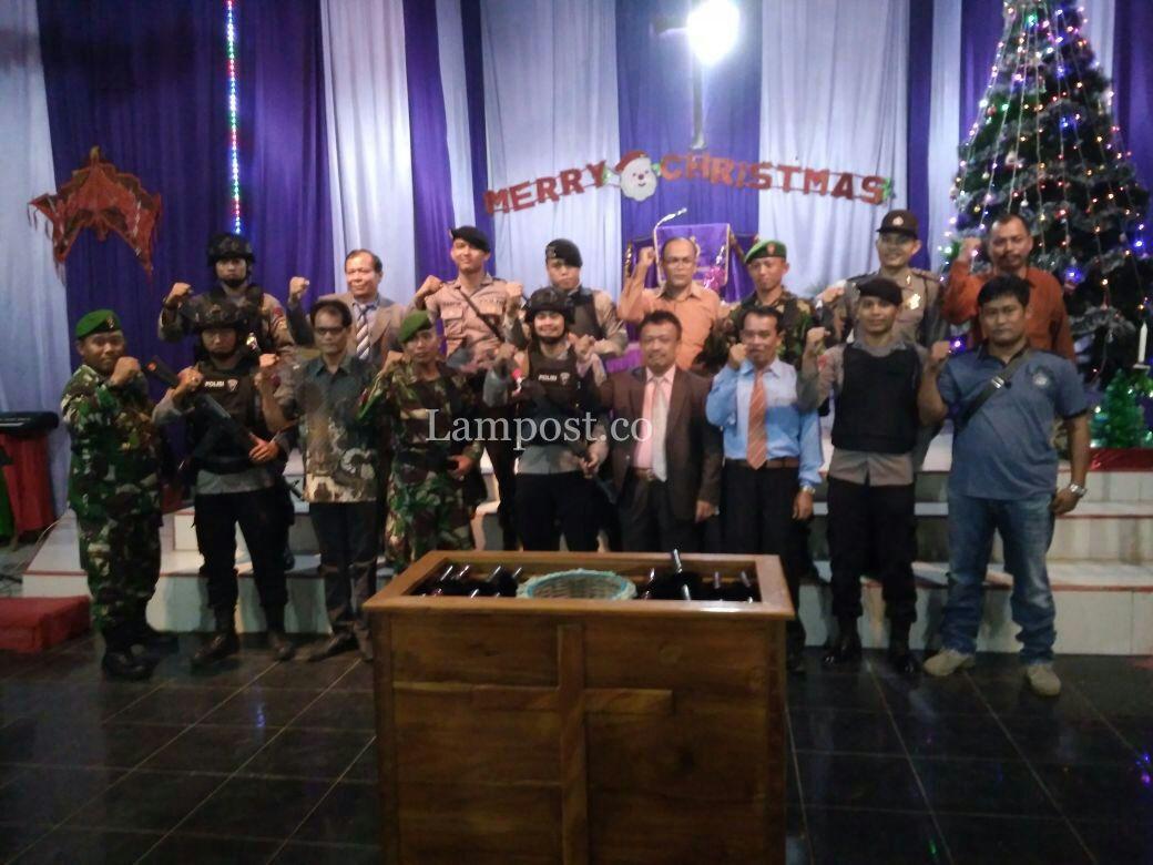 Anggota Kodim 0426 Siaga Amankan Natal di Tuba dan Mesuji