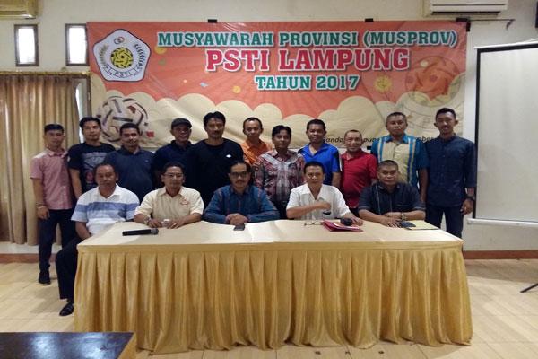 LAMPUNG POST | Umar Tahir Pimpin PSTI Lampung