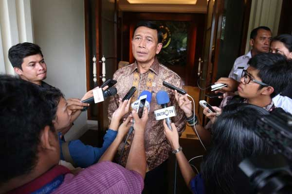 LAMPUNG POST | Wiranto Bantah Terima Mahar Rp200 Miliar dari OSO