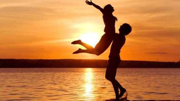 LAMPUNG POST | Hubungan dan Alasan Pasangan