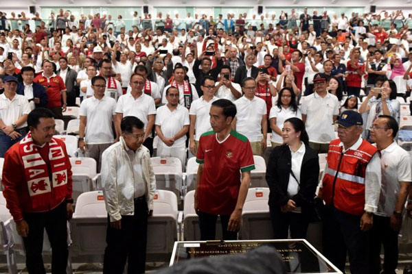 Pakai Jersey Timnas, Jokowi Resmikan SUGBK