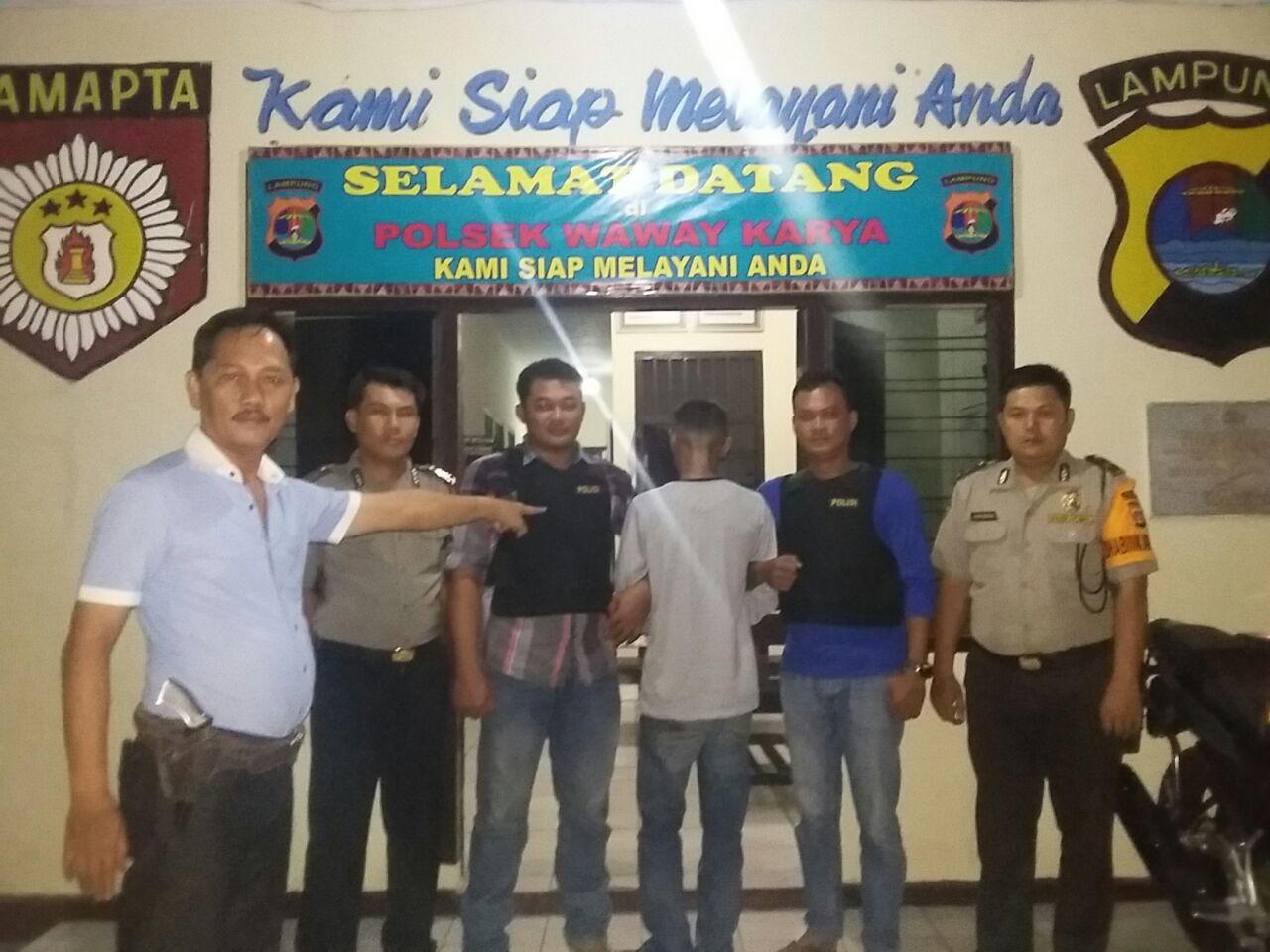 LAMPUNG POST | Satu dari Tiga Pelaku Begal di Lamtim, Dibekuk di Rawajitu