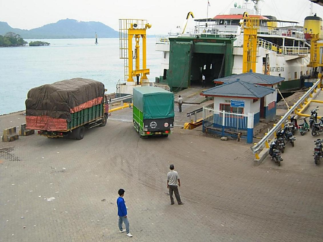 Pelabuhan Bakauheni Dibuka Lagi, Hanya Kapal Besar yang Dioperasikan