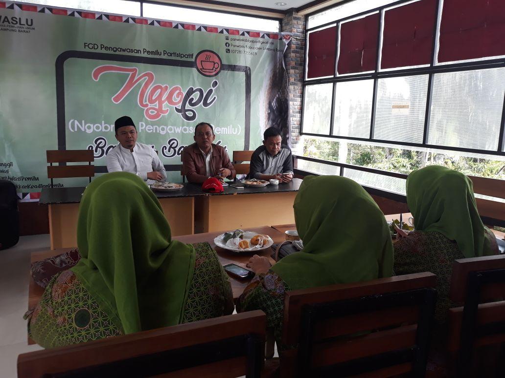 Panwaslu Lampung Barat Gelar Dialog Pengawasan Pemilu