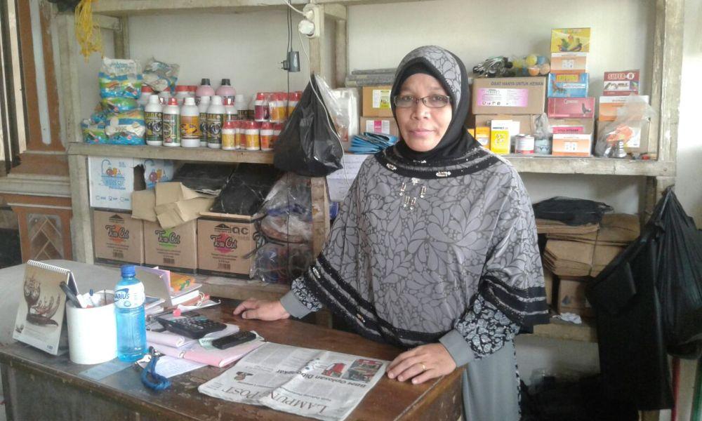 LAMPUNG POST | Aneka Pakan Ternak dan Obat Hewan Tersedia di Toko Lestari