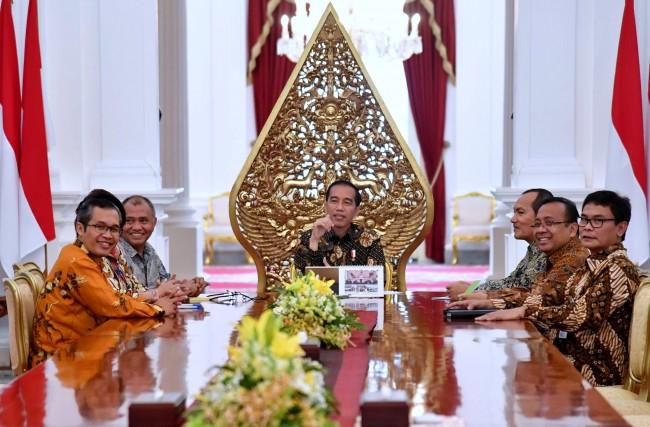 LAMPUNG POST | Presiden Minta Kasus yang Menyeret Pimpinan KPK Disetop