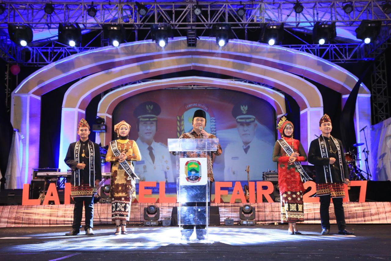 LAMPUNG POST | Bupati Zainudin BukaLampung Selatan Fair 2017