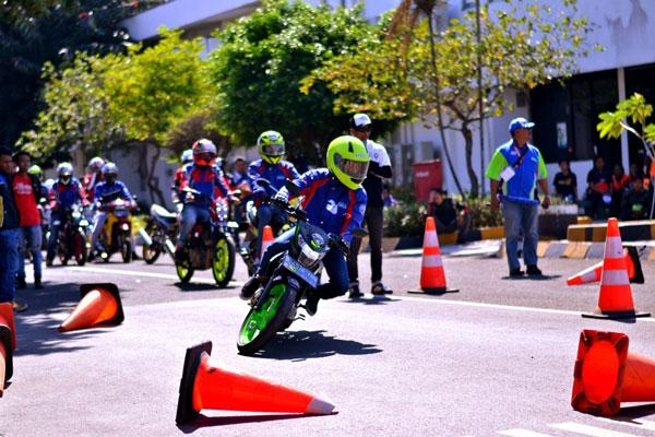 Satria Club Indonesia Gelar Defensive Riding Training
