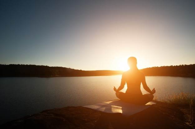 LAMPUNG POST | Yoga Atasi Nyeri Haid
