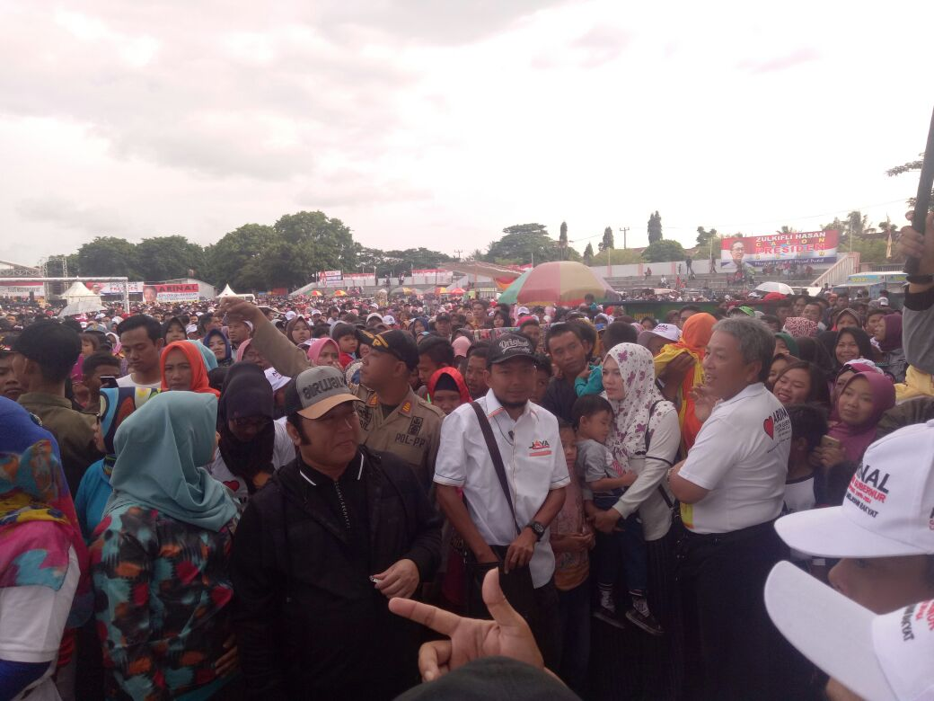 Arinal Kembali Gelar Jalan Sehat di Bandar Lampung dan Metro