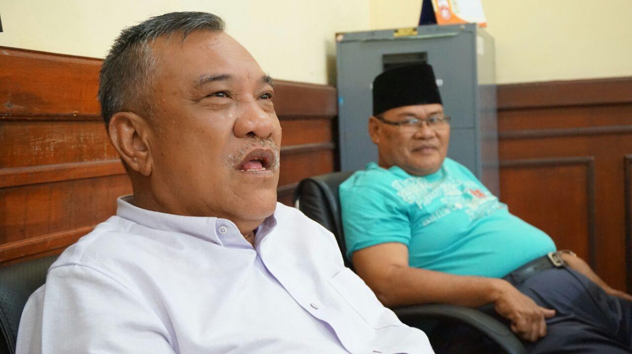 LAMPUNG POST | DPD II Lamsel dan Fraksi Partai Golkar Serahkan Status Ketua Umum Secara Hukum