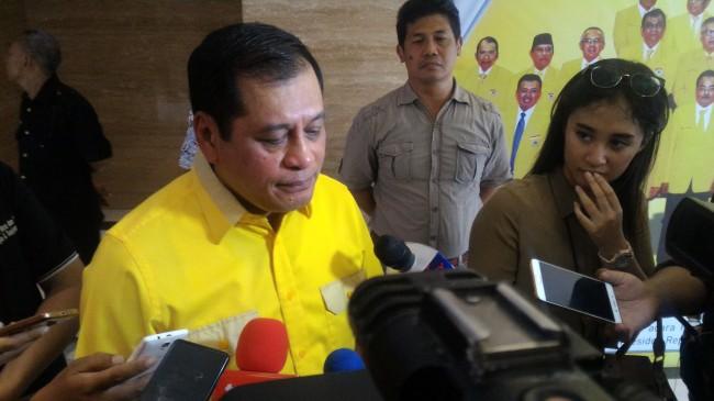 LAMPUNG POST | Nurdin Halid: Pleno DPP Golkar Tak Bahas Perombakan Kepengurusan