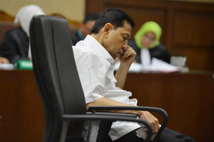 LAMPUNG POST | Praperadilan Setya Novanto Gugur