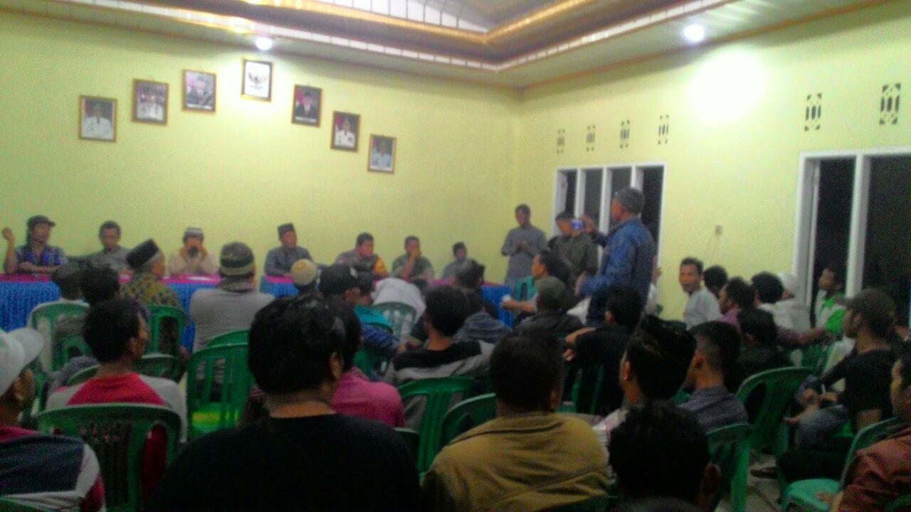 LAMPUNG POST | Dinilai tak Trasparan, Warga Sinarogan Pertanyakan Uang Ganti Rugi Balai Desa yang Tergusur Proyek Tol
