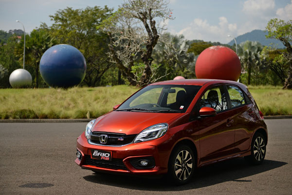 LAMPUNG POST | April 2017, New Brio Satya RS Dominasi Penjualan Honda