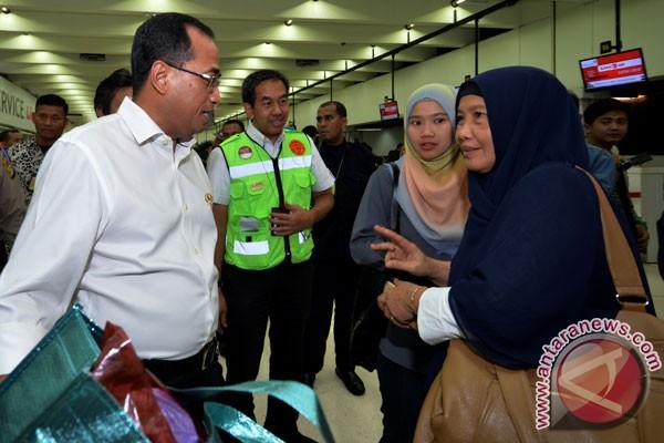 LAMPUNG POST   Menhub Tinjau Bandara Halim Perdana Kusuma