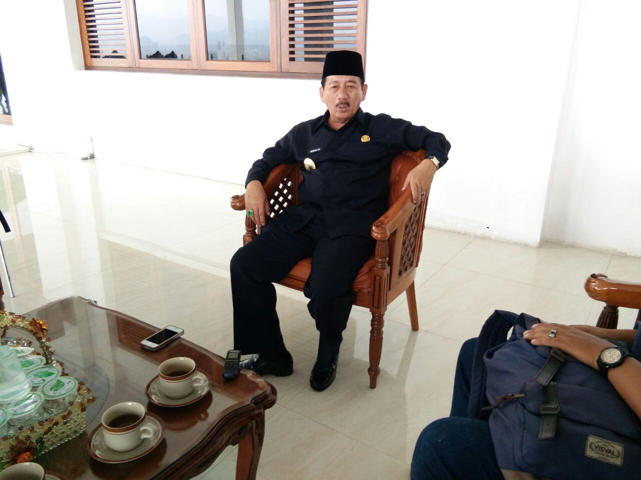 LAMPUNG POST   Kisruh Transportasi Online, Herman Minta Pokbal Bergabung