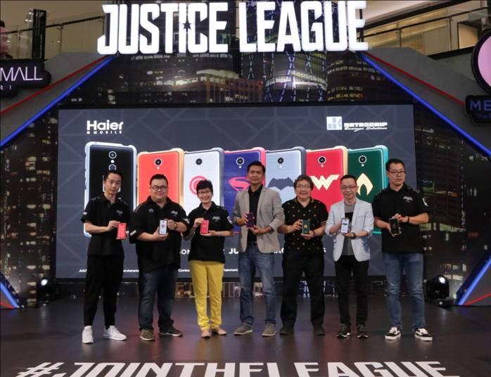 LAMPUNG POST | Haier-Warner Bros. Pictures Berkolaborasi Luncurkan Smartphone Edisi Khusus Justice League
