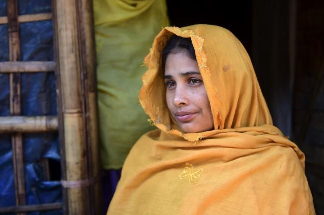 LAMPUNG POST | Bangladesh Cari Warganya yang Menikahi Pengungsi Rohingya