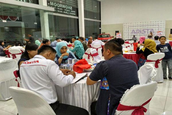 LAMPUNG POST | Honda Arista Rajabasa Gelar Gathering Bersama Konsumen Setia