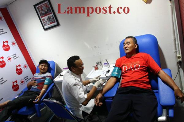 LAMPUNG POST | Pendonor Darah di Chandra Dapat Bingkisan