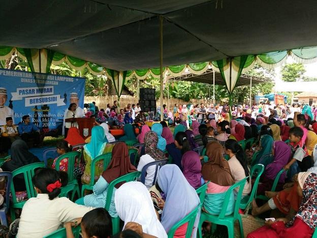 LAMPUNG POST | Pasar Murah Provinsi Sasar 4 Kampung di Way Kanan
