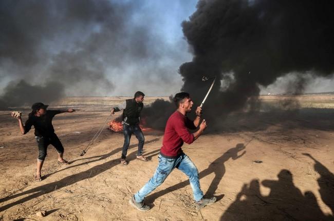 LAMPUNG POST | Tentara Israel Tembak 6 Jurnalis Palestina saat Meliput Bentrokan
