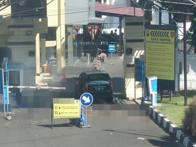 4 Terduga Pelaku Tewas dalam Ledakan di Mapolrestabes Surabaya