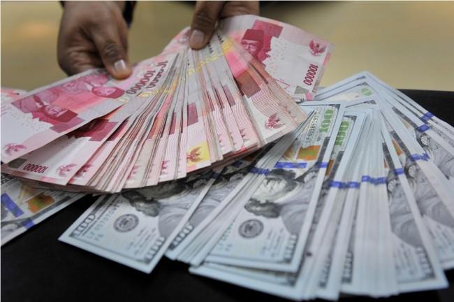 LAMPUNG POST   Rupiah Terpantau Stabil di Rp13.513/USD