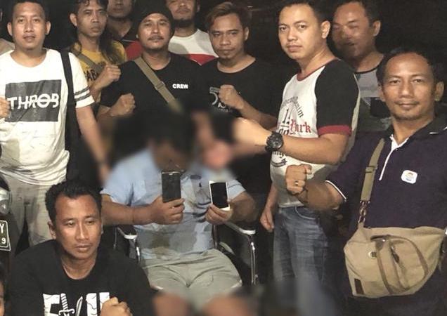 LAMPUNG POST | Pelaku Pembunuh Rekan Karena Dendam, Dihadiahi Dua Tembakan di Kaki