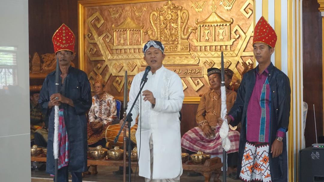 Jaga Eksistensi Budaya Lampung, Mustafa Rehab 34 Balai Adat