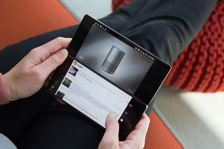 LAMPUNG POST | ZTE Axon M, Smartphone dengan Dua Layar