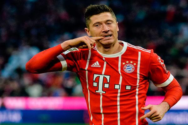 Lewandowski Enggan Tanggapi Isu Kepindahan ke Madrid