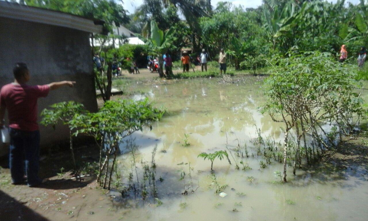 LAMPUNG POST | Bermain di Galian Tempat Pembuangan Sampah, 3 Bocah Tewas Tenggelam