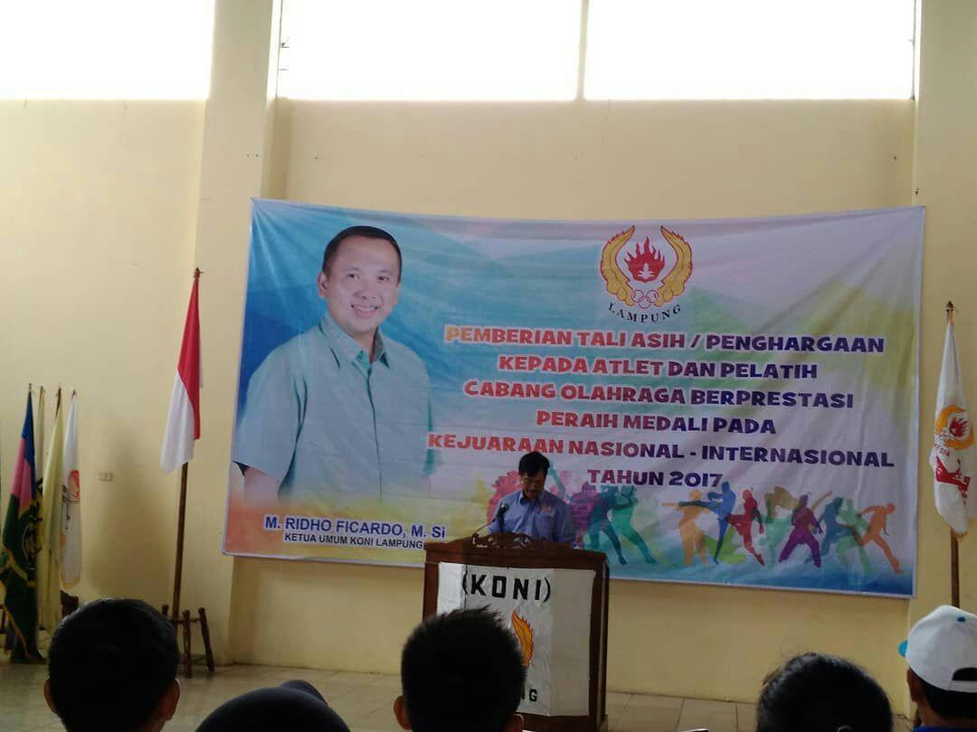 LAMPUNG POST | Atlet Berprestasi Diguyur KONI Lampung Rp1,7 Miliar