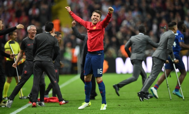 LAMPUNG POST | Rooney Hengkang, Michael Carrick Jadi Kapten Baru MU