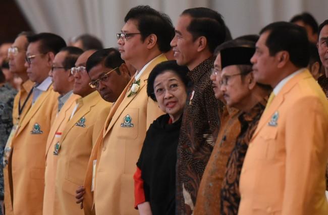 LAMPUNG POST    | Elite Golkar Diminta Tak Bikin Gerbong Sendiri di Munaslub